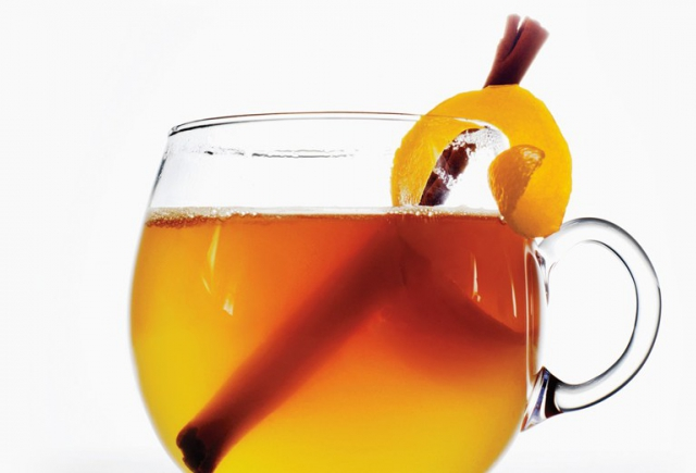 FALL FUN IN CASTLE HILLS: HOT TODDY, ANYONE?