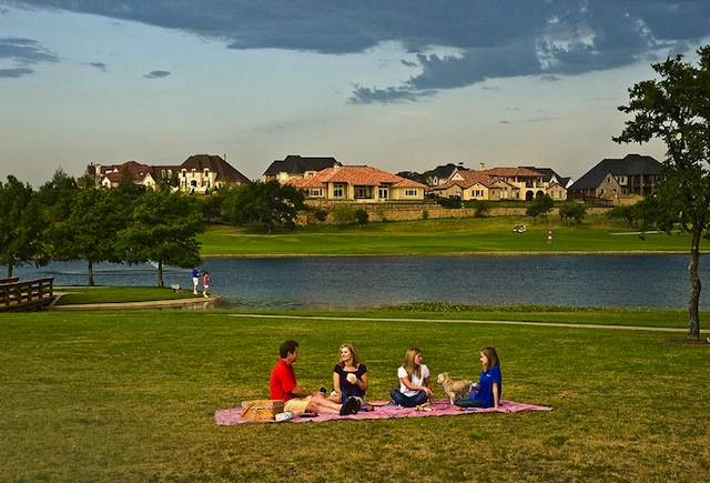 CELEBRATE NATIONAL PICNIC DAY IN CASTLE HILLS